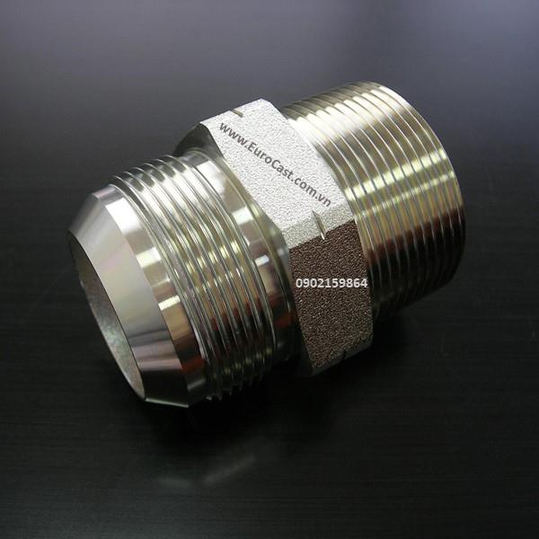 Investment casting of pipe fittings and pipe connectors